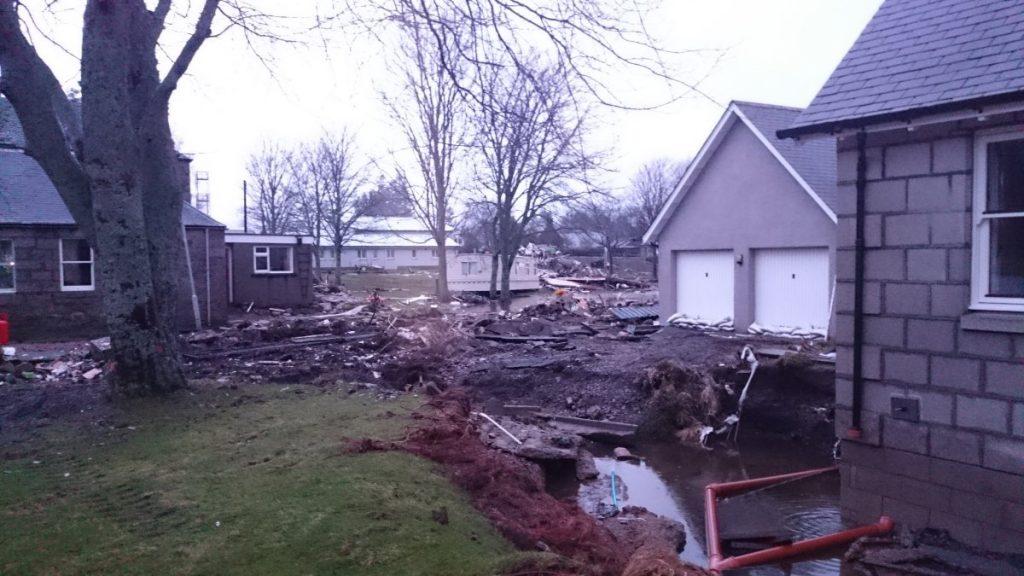 CRGP Ballater Floods 2016 02