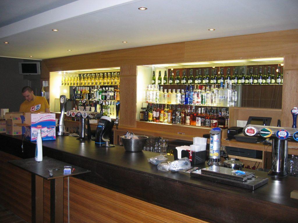 CRGP Bar Bacchus 02